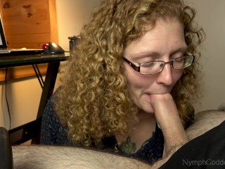 Hubby cums in natural redhead Ivy's mouth on a work break blowjob