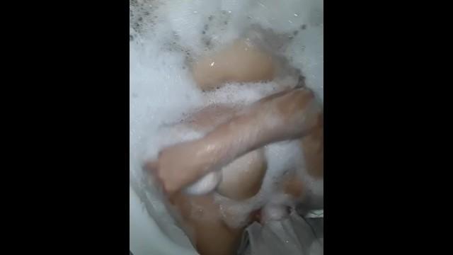Amateur;Big Tits;Masturbation;Toys;MILF;Feet;Italian;Exclusive;Verified Amateurs;Solo Female big-natural-tits, big-tits, milf-italiana, amatoriale-italiano, bathroom, masturbation, italian-homemade, pussy, amatoriale