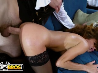 BANGBROS – Naughty Ebony Witch Cecilia Lion Gets The Perfect Treat