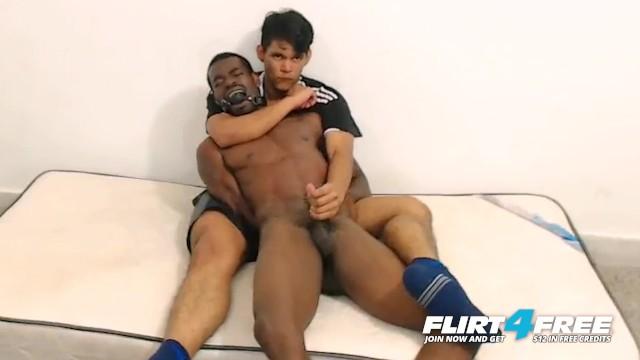 Free gay ebony porn Tairon alexandro on flirt4free - ebony flexes muscles as latino jerks bbc