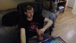 HARD HUGE UNCUT COCK JERK OFF BY STUD ON WEBCAM FOR LIVE AUDIENCE (NO CUM)