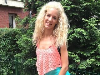 Blondine Hinterzimmer Teen Casting Exploring Brooklyn's