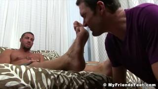 Homosexual feet a freak worshiping hunk for buffed receives sucking gay