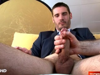 Handsome straight neighbour serviced in a gay porn in spite of him.