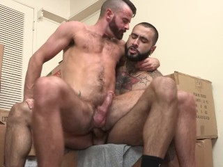 Big Dick Daddy Steven Richards Pounds His Pup RAW