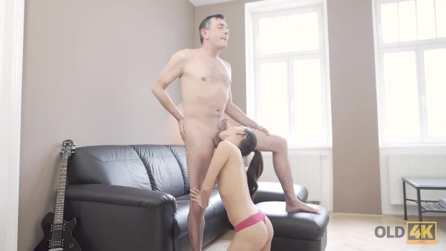 OLD4K. Tall daddy stretches good-looking brunette on small daybed 18