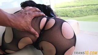 Sucking bigbooty black mature trans dick blowjob heels