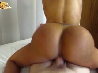 Big ASS Latina Twerking on dick - Canela Skin - Colmbiana