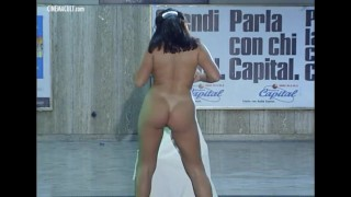 Nude Celebrities - Best Of Debora Cali Outside exxxposers