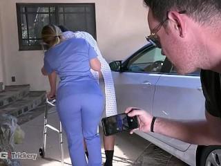 Trickery - PAWG AJ Applegate has sex on the job