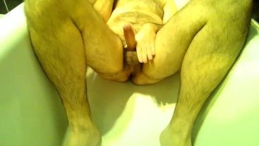 Finger in the ass, cumming in the tub and peeing all around