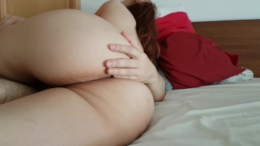 Big ass, tight pussy, spasmodic orgasm and creampie