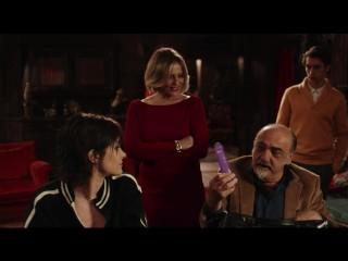 COSA FAI A CAPODANNO? - Red Band Trailer