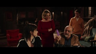 COSA FAI A CAPODANNO? - Red Band Trailer
