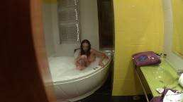SPYING MY STEPSISTER WHILE TOUCHING IN THE BATHTUB