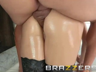 BRAZZERS – Holly Michaels gets oiled up and ass fucked