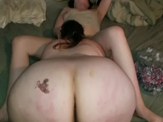 Bbw eating wifes pussy...