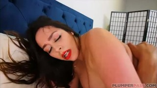 Big Booty Babe Alycia Starr gets Naked Miami Beach