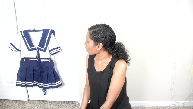 Download Gratis Video  From professional stepmom to stepdaddy's horny school girl roleplay