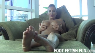 Foot porn worshiping feet femdom and fetish footfetishfun sexy
