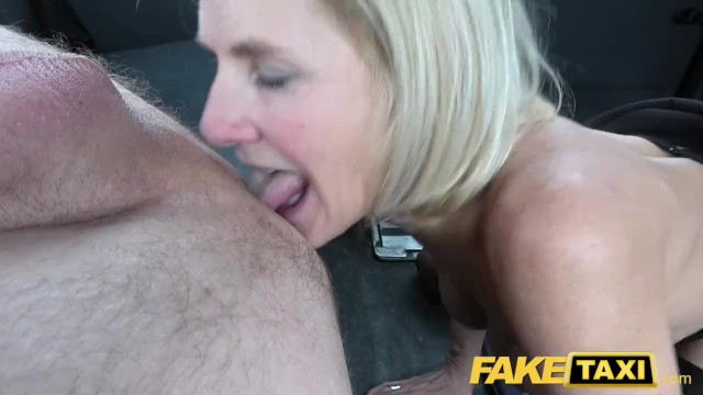 Pussy lips stretch Fake taxi mature milf gets her big pussy lips stretched open