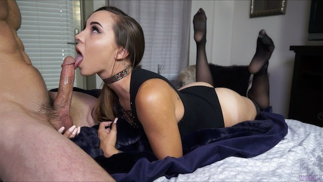 Hot Babe Blowjob Swallow