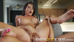 BRAZZERS - Savannah Stern comes for the pizza and stays for the dick