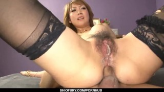 Yuki Mizuho drives cock right up her bum in specia - More at Pissjp.com