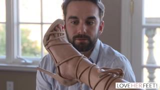 LoveHerFeet - Foot Loving Best Friend Breaks The Bro Code With Eve Ellwood