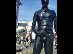 Cumming in public in full latex at Folsom Street Fair