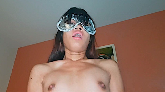 Young Thai Teen Ride a Big Cock very well - GF18 Hardcore Asian