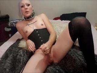 Goth Tranny Anal Toying/Masturbation