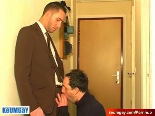 Hetero salesman gets sucked his big cock by a client in spite of him.