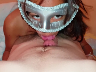 Thai Teen give Head and lick the top of a big dick
