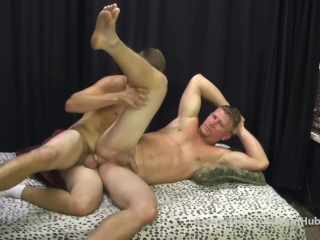 Str8 Muscle REDNECK gets FUCKED by Smooth College Guy