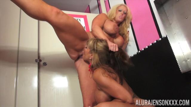 Eat my fucking pussy you slut full vid 2
