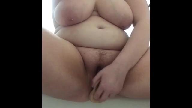 Bbw Teen masturbiert Solo Bett