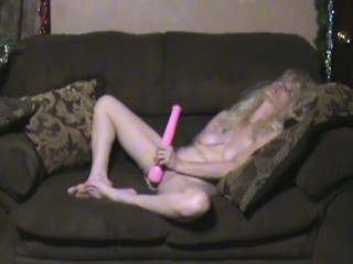 My Vibrating Wand FINALLY got here. Lets try it out.