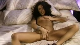 Exotic Brunette Mom Masturbating For You