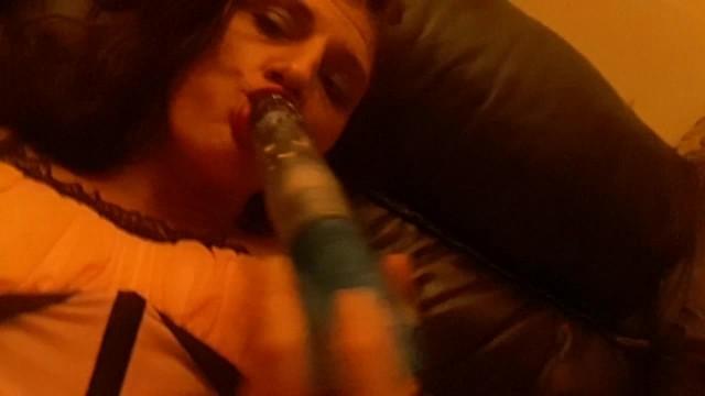 Cumqueen plays with her toy 14