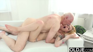 My step sister fucking our stepdad for more money at the office