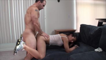 Alexis Rain gets eaten and creampied
