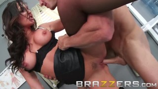 BRAZZERS - Dirty Doctor Destiny Dixo is Horny and Healthy
