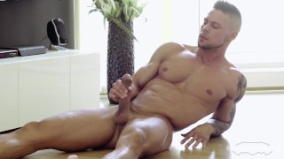 Maskurbate Straight Euro Jerking Big Uncut Cock After Stretching