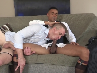 Black Daddy Get His Straight Friend To Suck His Dick On Their Lunch Break