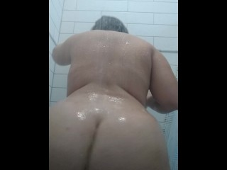 PAWG Shower twerk