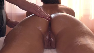 Erotic Massage Ends Fucking A First Time Squirt For Sexy Girlfriend