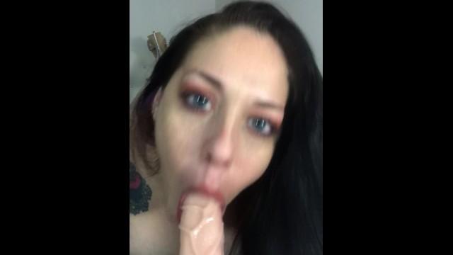 Leana Lee blows Jeff 18