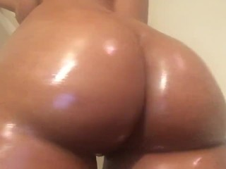 just having a lil fun with my juicy ass