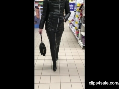 Shiny jacket  long leather skirt and overknee boots